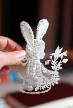 Elsa Mora Paper cutting