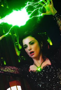 Oz the Great and Powerful - Evanora.