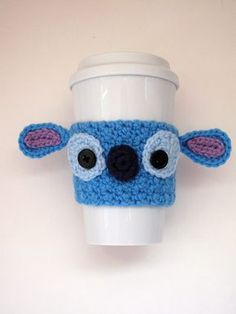 Crochet Patterns Stitches Free Crochet Stitch Coffee Cup cozy pattern by The Enchanted Ladybug Crochet Coffee Cozy, Coffee Cup Cozy, Crochet Cozy, Coffee Cups, Coffee Drinks, Men Coffee, Coffee Maker, Crochet Stitches Free, Crochet Gratis