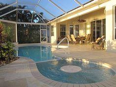 Überdachter Pool, der einem den Luxus bietet, bei jedem Wetter schwimmen gehen zu können! | Cape Coral, Florida, USA, Objekt-Nr. 506955