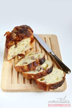 Il rebus della food blogger Donatella: è dolce, ma può essere anche salato, colazione o aperitivo? http://blog.amatelier.com/rubriche/amascoprire/item/602-ciambellone-salad