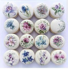 floral macarons by Cake Action OMG its so beautiful! floral macarons by Cake Action OMG its so beautiful! Macaron Cookies, Cake Cookies, Cupcake Cakes, Buttercream Cupcakes, Beautiful Cakes, Amazing Cakes, Kreative Desserts, Cookie Recipes, Dessert Recipes