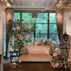 Quince Decorations, Floral Wedding Decorations, Great Gatsby Theme, Floral Backdrop, Wedding Seating, Home Decor Bedroom, My Dream Home, Flower Arrangements, Backdrops