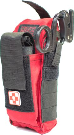 Carry a trauma kit. Every Day Trauma Training and easy to use Trauma Kits and Individual First Aid Kits (IFAK) Bushcraft, Combat Medic, Combat Gear, Edc, Tactical Medic, Cool Tactical Gear, Tactical Bag, Bug Out Gear, Camping First Aid Kit