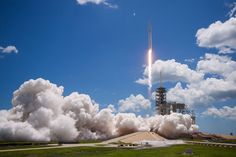 SpaceX just landed the 12th Falcon 9 rocket of 2017