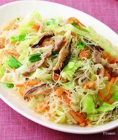 Taiwanese vermicelli 米粉炒