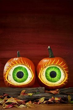 59 Pumpkin Carving Ideas - Creative Jack o' Lantern Designs - pumpkin carving . Funny Pumpkin Carvings, Easy Pumpkin Carving, Pumpkin Carving Patterns, Pumpkin Painting, Carving Pumpkins, Creative Pumpkin Carving Ideas, Homemade Halloween Decorations, Halloween Crafts, Halloween Ideas