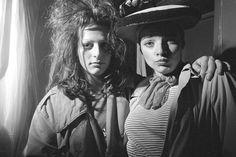 Ari Up and Nina Hagen, from the Punks Series by Karen Knorr and Olivier Richon, London 1977 Vintage Magazines, Vintage Photos, In Medias Res, Les Aliens, Punk Rock Girls, British Punk, 70s Punk, Nina Hagen, Women In Music