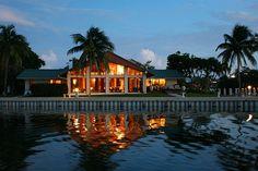 Marathon Estate Rental: Magnificent Open Water Estate In Sombrero Beach { Marathon } | HomeAway
