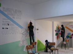 decorare pereti clasa - Căutare Google Projects To Try, Desk, Google, Furniture, Home Decor, Writing Table, Desktop, Decoration Home, Writing Desk