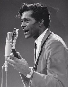 Chuck Berry, the real King of Rock-and-roll. 60s Music, Music Film, Music Icon, Soul Music, Music Is Life, Music Songs, Throwback Music, I Am A Singer, Classic Rock And Roll