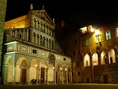 duomo di Pistoia - Amalfi ---- GREAT restaurant directly passed the arches to the right