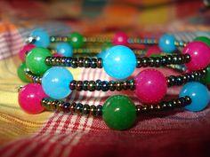 Dyed jade memory wire bracelet