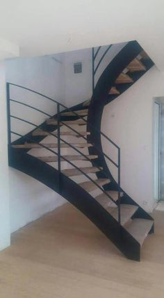 Looking for Staircase Design Inspiration? Check out our photo gallery of Modern … Looking for Staircase Design Inspiration? Check out our photo gallery of Modern Modern Stairs Check Design Gallery Inspiration Modern photo Staircase Modern Stair Railing, Stair Railing Design, Modern Stairs, Railing Ideas, Stair Handrail, Metal Stairs, Staircase Ideas, Spiral Stairs Design, Home Stairs Design