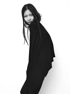Bold Simplicity - minimalist style; chic minimal fashion photography