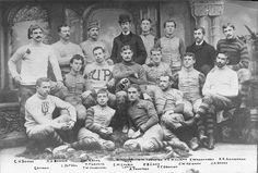 Penn Football, 1890 varsity team, group photograph School Football, Team Photos, Sports Photos, Ivy League Style, British Country, Gibson Girl, Vintage Football, Vintage Photography