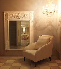 DECORTE lounge chair