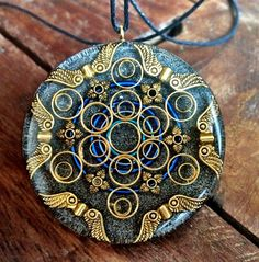Orgonite Amulet Pendant - Model: Herkimer Diamond & Quartz Grid #floweroflife #treeoflife an#Lakhovsky antennas #orgonite#orgoniteart #energy #crystals #health #sacredgeometry