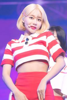 Jimin Aoa, Black Cream, Black And White, Kpop, Crop Tops, Color, Women, Angels, Fashion