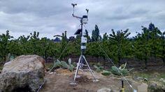 Nuestras estaciones se adaptan a diferentes climas, cuentan con carcasas para la protección de sus sensores.
