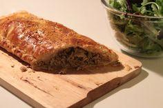 Folhado de Carne com Cogumelos - http://www.receitasparatodososgostos.net/2016/11/05/folhado-de-carne-com-cogumelos/