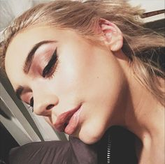 <3 Beauty Make Up, Hair Beauty, Amanda Steele, Hair Skin Nails, Makeup Guide, Flawless Makeup, Eyeshadow Looks, Eye Make Up, Makeup Yourself