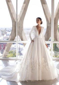 Wedding Dresses Sydney, Chic Wedding Dresses, Stunning Wedding Dresses, Bridal Dresses, Dress Wedding, Elegant Wedding, Pronovias Wedding Dress, Wedding Dress Sleeves, Long Sleeve Wedding