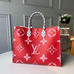 NICE VANITY MAKE UP | Theluxinbox Monogram Tote, Louis Vuitton Monogram, Monogram Canvas, Louis Vuitton Handbags, Purses And Handbags, Vuitton Bag, Replica Handbags, Handbags Online, Zapatillas Louis Vuitton