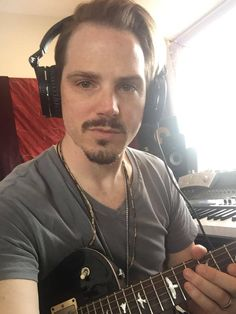Brian Craddock rockin some guitar for #SETMEFREE the next tune! \m/ #Daughtry - Can't wait! - If you haven't all ready - check out the last tune he produced #BreakTheseChains here: https://www.youtube.com/watch?v=ljkHiafWc88