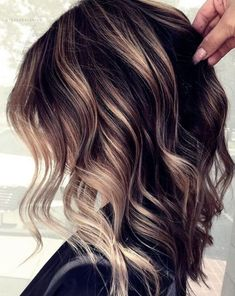 Haircuts trends, cuts and colors of the year 2020 trend frisuren frauen frisuren männer hair hair styles hair women Hair Color Balayage, Hair Highlights, Hair Colour, Hair Color And Cut, Ombre Hair, Color Make, Peinados Pin Up, Haircut And Color, Hairstyles And Color