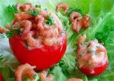 Pour une entrée toute en couleur et pleine de saveur, rien ne vaut cette spécialité belge que sont les tomates aux crevettes! Ingrédients: Quelques tomates Crevettes grises Fromage blanc 0% 1 jaune d'oeuf 1 cc d'huile de paraffine 1 cc de moutarde Persil...
