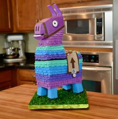 12 of the Best Fortnite Birthday Party Ideas - Spaceships and Laser Beams 10 Birthday Cake, Llama Birthday, 10th Birthday Parties, 12th Birthday, Boy Birthday, Birthday Ideas, Pinata Cake, Diy Cake, Cakes For Boys