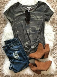 Winter Fashion Trends 2020 for Casual Outfits – Fashion Winter Outfits For Teen Girls, Cute Winter Outfits, Spring Outfits, Casual Outfits, Sweater Outfits, Casual Winter, Work Outfits, Black Outfits, Jean Outfits