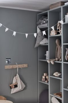 kids room grey wall The post kids room grey wall appeared first on Children's Room. Baby Bedroom, Kids Bedroom, Bedroom Wall, Bedroom Decor, Deco Kids, Kids Room Design, Design Bedroom, Home Design, Kids Corner
