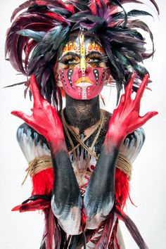 A History of Graphic Design: Chapter 50: The Art of Body Painting