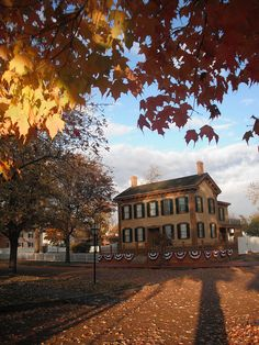 Abraham Lincoln Home, Springfield, Illinois Photographer: Matt Turner This is from a photo contest for National Historic Landmarks. The McDowell House is also a National Historic Landmark. And I was raised in Spfld, my husband lived behind Lincoln's home. American Civil War, American History, American Presidents, Abraham Lincoln Family, Presidential History, Historic Homes, Historical Sites, Photo Contest, Springfield Illinois