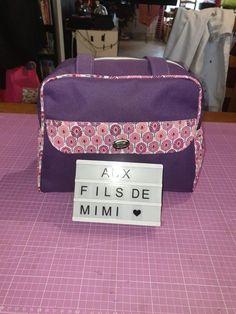 Sac à langer Boogie en violet et rose cousu par Mimi - Patron Sacôtin