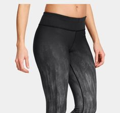 Women's UA StudioLux® Ombre Legging | Just got these and LOVE this ombre pattern. Note: They run a bit on the bigger side, at least in the lower leg ankles for me. @underarmour @uawomen