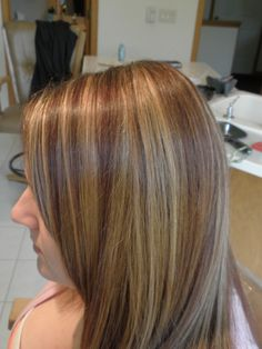 Color Gold Blonde & Red Brown on Medium Brown hair Medium Brown Hair, Gold Blonde, Different Hair Types, Hair Dos, Girly Stuff, Beauty Secrets, Health And Beauty, Your Hair, Cool Hairstyles