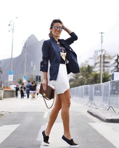 No clima sporty Look todo @carolbassibrand uma das designers que estão na FHits PopUpStore no @grandhyatt_rio powered by @shoplixmix! @fhits #grandhyattrio #fhitsnograndhyatt #fhitsrio #carolbassibrand #brazilfashionbridge Looks Chic, Casual Looks, Girl Fashion, Fashion Outfits, Womens Fashion, Estilo Cool, Signature Style, Looking For Women, Dress For You