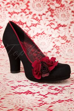 Ruby Shoo - 50s Eva Pumps in Black and Red