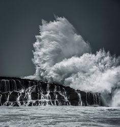 The Exploding Wave from #treyratcliff at www.StuckInCustoms.com - all images Creative Commons Noncommercial.