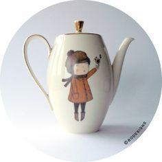 teapot - tea time - vintage hand printed woodlands girl with little bird teapot door Bodesigns, €42.00