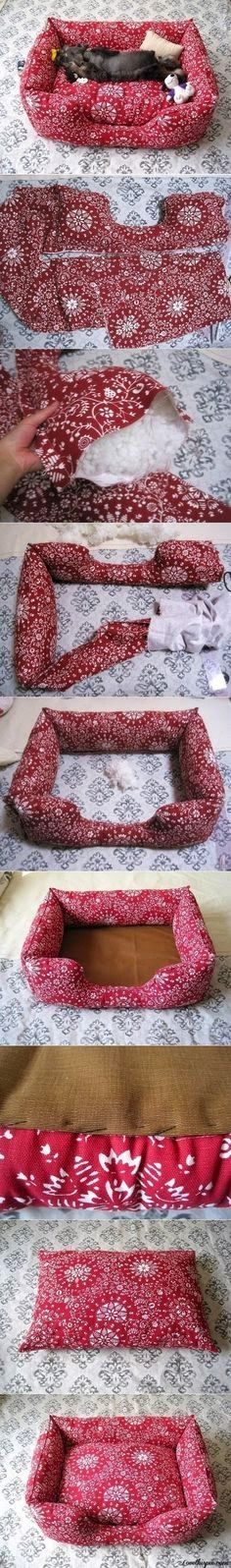 Picture tutorial to sew your own pet bed - posted on Amazing Crafts site.