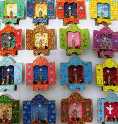 Relicários Pottery Angels, Home Altar, Prayer Cards, Arte Popular, Mexican Folk Art, Sacred Art, Heart Art, Religious Art, Make And Sell