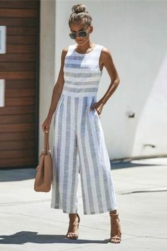 Jumpsuits For Women Are Back! - Jumpsuits For Women Are Back! Jumpsuits For Women Are Back! - Jumpsuits For Women Are Back! Source by -. Jumpsuit Outfit, Casual Jumpsuit, Striped Jumpsuit, Tailored Jumpsuit, Jumper Outfit Jumpsuits, Jumpsuit Pattern, Outfit Trends, Affordable Clothes, Jumpsuits For Women