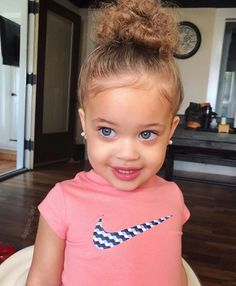 She is so cute So Cute Baby, Cute Mixed Babies, Cute Black Babies, Beautiful Black Babies, Pretty Baby, Cute Little Girls, Beautiful Children, Little Babies, Baby Love