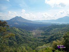 Deuxième étape de notre voyage à Bali:  Ubud et ses alentours Pour notre deuxième étape, nous avons décidé de nous rapprocher de Ubud. Afin de ne pas trop surcharger notre puce de visites, nous avions à chaque fois prévu une journée de détente entre 2 journées d'excursions.  http://www.mytraveleyes.com/ubud-et-ses-alentours/