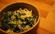 Kelp noodle kale salad
