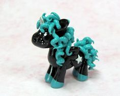 "Black and Teal Pony Commission ~ Becca Golins aka ""DragonsAndBeasties"" Cute Polymer Clay, Polymer Clay Animals, Cute Clay, Polymer Clay Dolls, Polymer Clay Projects, Polymer Clay Charms, Polymer Clay Creations, Clay Crafts, Clay Dragon"